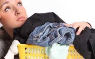 Как избавиться от пятен пота и дезодоранта на одежде из разных тканей. Как отстирать желтые пятна с белой одежды