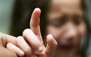 Как вытащить занозу у ребенка без боли: хитрости и полезные советы. Как вытащить занозу у ребенка — все способы