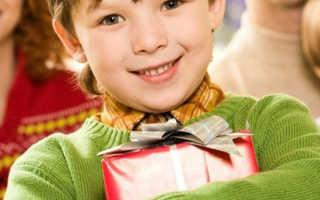 Что подарить брату на день рождения: идеи подарков. Подарок брату игрушки-поделки и объемной открытки