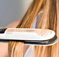 Как выпрямлять волосы утюжком. Инструкция и советы, как правильно выпрямлять волосы с помощью утюжка