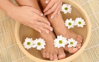 Можно ли вылечить грибок на ногах народными средствами. Как и чем лечить запущенный грибок ногтей на ногах