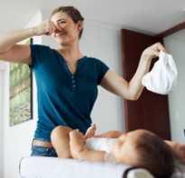 Лечить понос у новорожденных детей. Причины диареи у грудных детей. Как проявляются патологии пищеварения