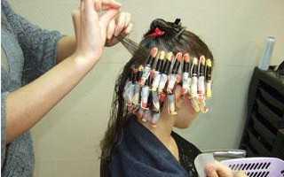 Биозавивка волос в домашних. Чем отличается биозавивка от химической завивки волос? Существующие виды биозавивки