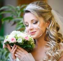 Свадебные прически: стиль, превосходство, совершенство. Свадебные причёски с диадемой и фатой для невесты