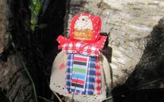 Познание. Бабушкина кукла, народная кукла — из бересты и лоскутов разноцветных тканей Берестяная кукла
