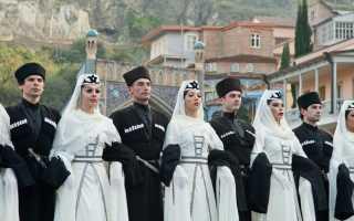 Грузинский свадебный костюм. Грузинская национальная одежда. Почему вы решили заниматься именно чохами