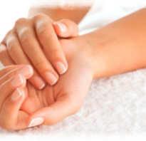 Основные причины сухости и трескания кожи на руках. Методы лечения. Как бороться с сухой кожей на ладонях